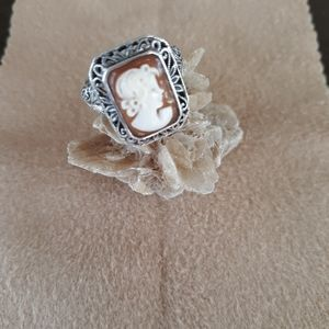 Jewelry - Sterling silver Cameo ring size 83/4